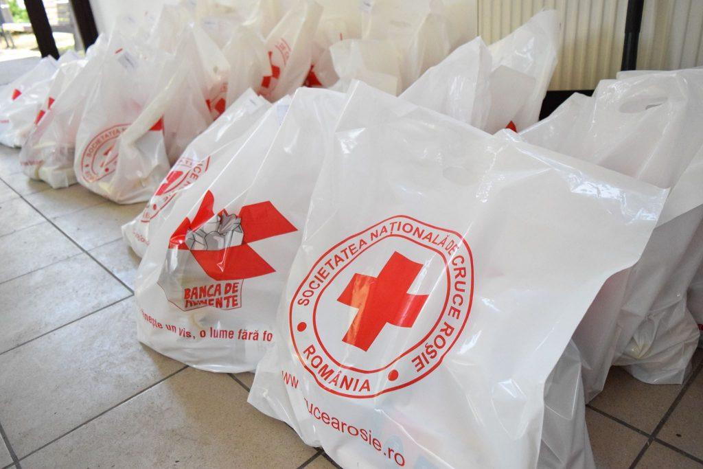 Ajutor pentru 100 de familii nevoiașe din sectorul 2 – Parteneriat DGASPC Sector 2 cu Societatea Națională de Crucea Roșie Română Filiala Sectorului 2